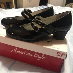 NWT American Eagle girls patent shoes